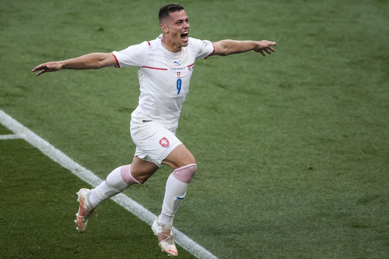 Fotbalový obránce Tomáš Holeš.