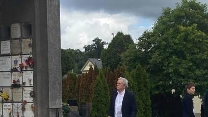 Moderátor Karel Šíp se také přišel se zesnulým Víťou Vávru naposledy rozloučit.