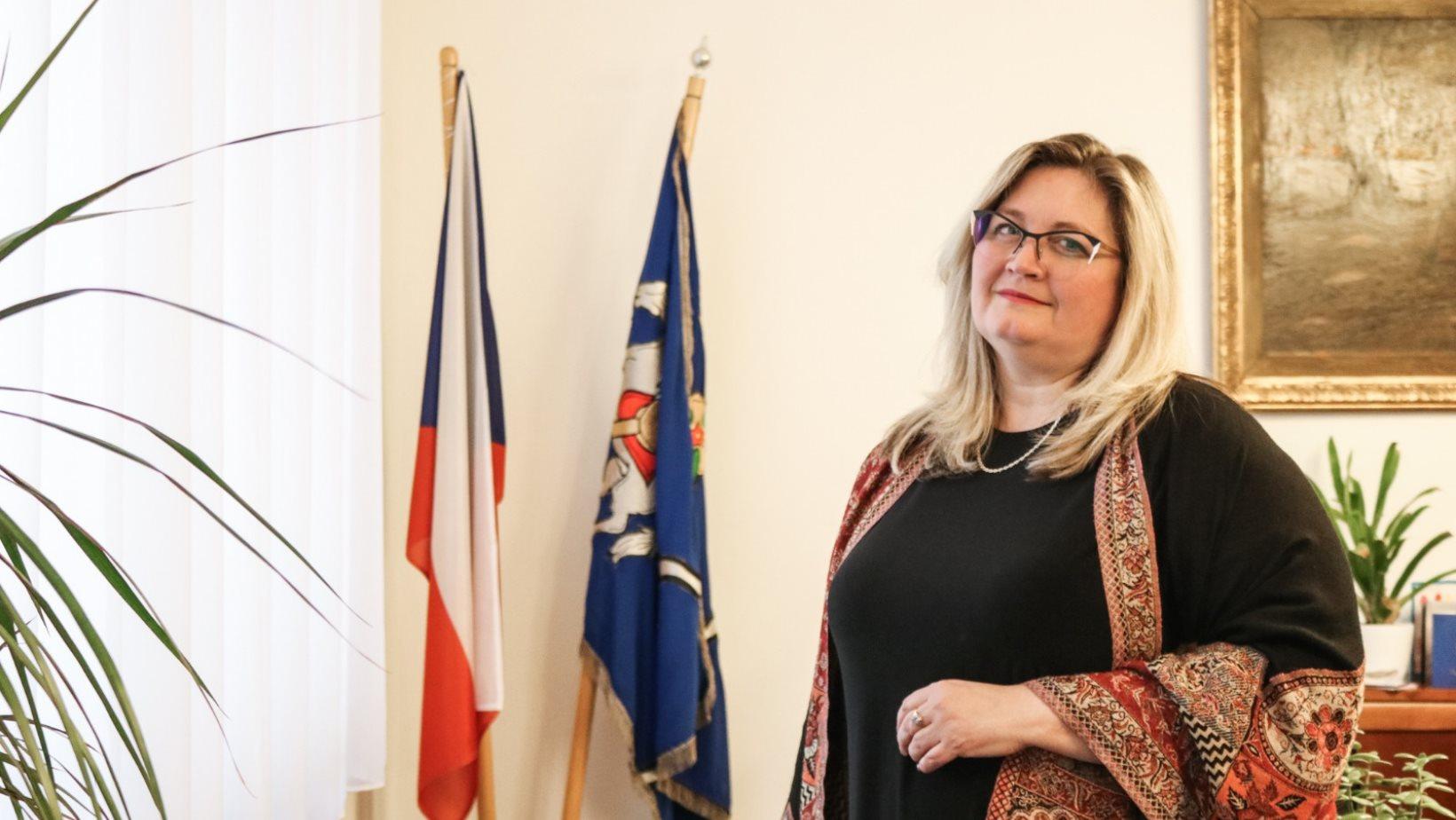 Zuzana Ožanová (* 1970) za ANO je starostkou městského obvodu Moravská Ostrava a Přívoz. Pochází z Kopřivnice a je vdaná.