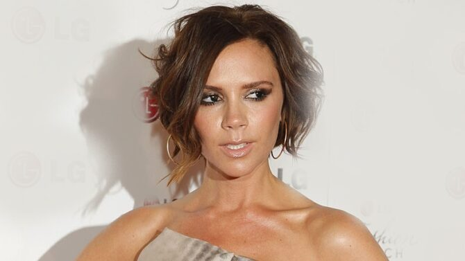Wikimedia Commons, LGEPR – Victoria Beckham, CC BY 2.0